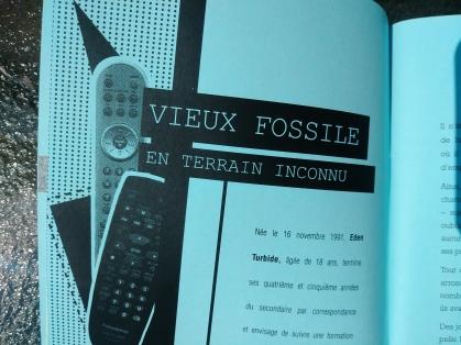 Télécommande Vieux fossile en terrain inconnu